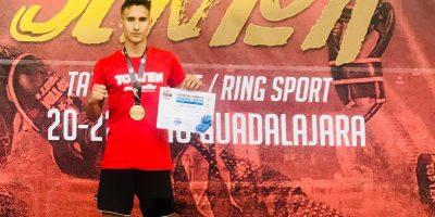 jose-carlos-vera-campeon-de-espana-en-low-kick-ring-sport